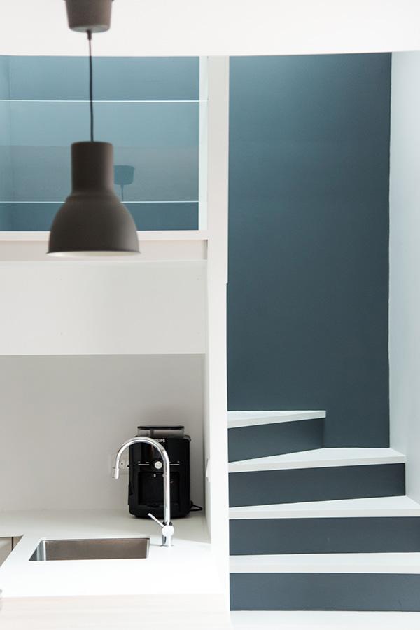 peinture int rieure d un appartement situ quai de versaille nantes escalier peintre. Black Bedroom Furniture Sets. Home Design Ideas