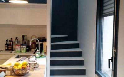 Peinture d'un escalier dans un appartement à Nantes